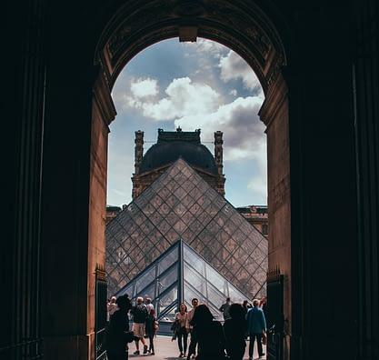 Les prévisions concernant l'attractivité touristique de Paris et de la région île-de-France auprès des touristes internationaux