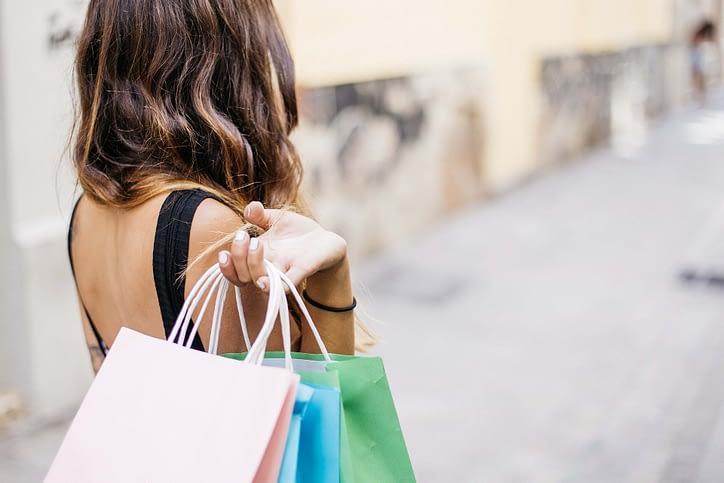 touriste-japonais-shopping