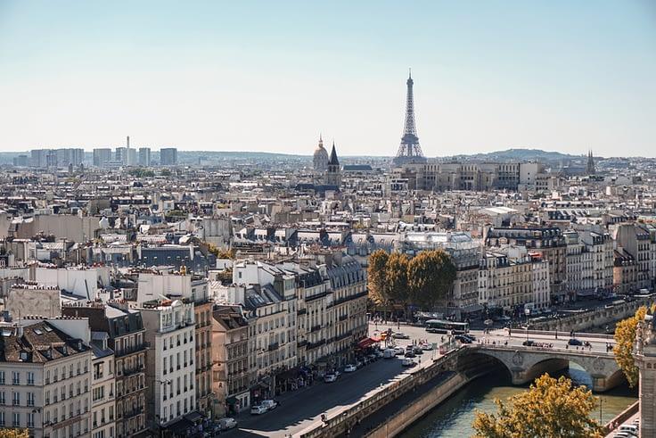 Paris-Tour Eiffel-toits de paris
